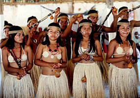 Fachin suspende tramitação de processos sobre áreas indígenas