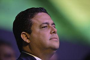 Juiz rejeita denúncia contra Felipe Santa Cruz por crítica a Moro