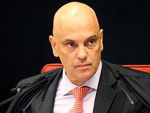 Moraes e Barroso votam por continuidade do inquérito das fake news